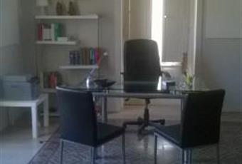Il pavimento è piastrellato, il salone è con travi a vista Sicilia ME Messina