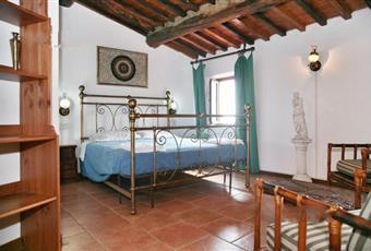 camera da letto padronale Toscana LU Pescaglia