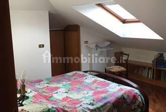 Camera da letto matrimoniale, molto luminosa, parquet Campania BN Benevento