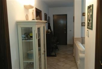 Il pavimento è piastrellato, il salone è luminoso Abruzzo CH Chieti