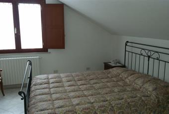 La camera è luminosa, il pavimento è piastrellato Abruzzo CH Chieti