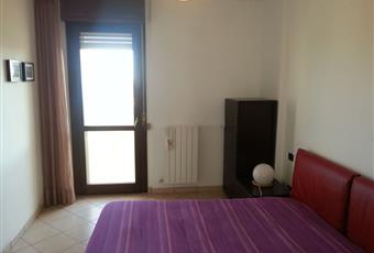 Il pavimento è piastrellato, la camera è luminosa Marche FM Montegranaro