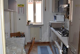 Il pavimento è piastrellato, la cucina è luminosa completa di elettrodomestici compresa la lavastoviglie  Emilia-Romagna FE Ferrara
