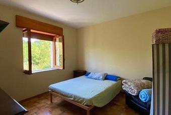 Il pavimento è piastrellato, la camera è luminosa Campania AV Castelvetere sul calore