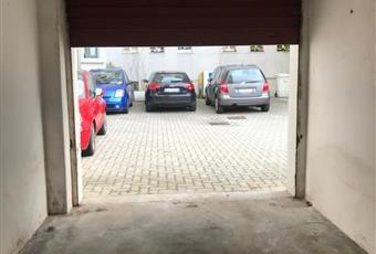 BOX AUTO in VIA TORQUATO TASSO vicino FERROVIA