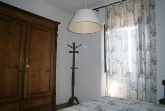 Camera con letto matrimoniale e letto singolo. Possibilità di aggiungere lettino per bambini Toscana GR Roccastrada