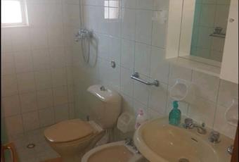 Il pavimento è piastrellato, il bagno è luminoso Sicilia SR Avola