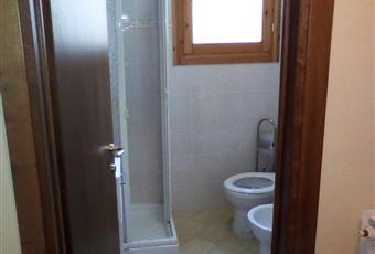 Bagno finestrato con scaldasalviette Toscana PT Cutigliano