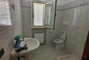 Il bagno è luminoso Abruzzo TE Alba Adriatica