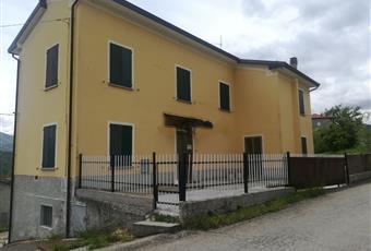 Affitto a riscatto casa di paese  in via Prevedelli, 19