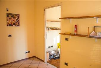 Il pavimento è piastrellato, il pavimento è di parquet Piemonte CN Borgo San Dalmazzo