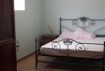 Il pavimento è piastrellato, la camera è luminosa Piemonte AL Borghetto di Borbera