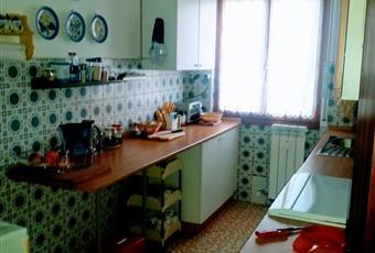 La cucina è luminosa Liguria IM San Lorenzo al mare