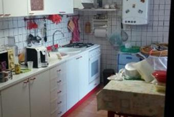 Casa indipendente in affitto in località croce , Caldarola
