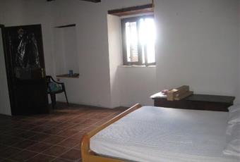 Il pavimento è piastrellato, la camera è luminosa Lazio RI Antrodoco
