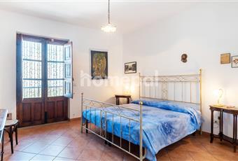 Camera matrimoniale molto luminosa Sicilia ME Limina