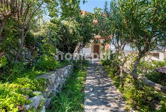 Esterno con giardino e posto auto Sicilia ME Limina