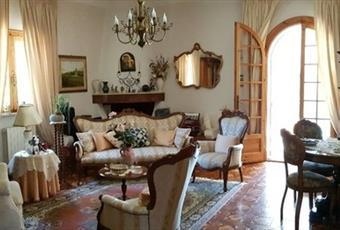 Il salone è con soffitto alto, il salone è luminoso Puglia BR San Vito dei Normanni