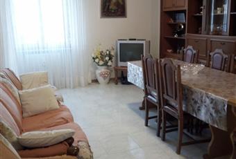 Affittasi appartamento arredato in Sant'Egidio alla Vibrata {TE} centralissimo