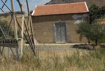 Casa rurale 80 mq +2 ettari di terreno