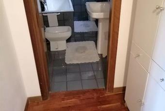 Il pavimento è piastrellato, il bagno è con  Abruzzo CH Roccascalegna
