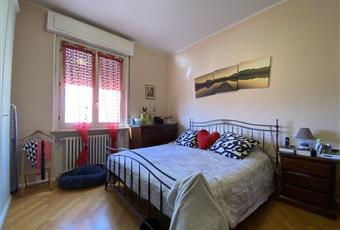 Il pavimento è di parquet, la camera è luminosa Emilia-Romagna PR Parma
