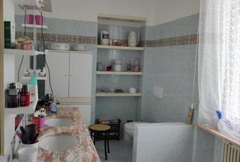 Bagno situato al primo piano, comprende wc, bidet, lavandino e vasca idromassaggio Piemonte AL Casal Cermelli