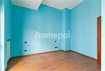 Camera matrimoniale con pavimento in parquet. Lombardia PV Vigevano