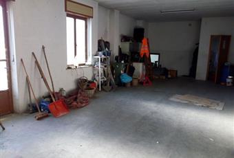 Il pavimento è di parquet, la camera è luminosa, il garage è luminoso Piemonte TO Rubiana