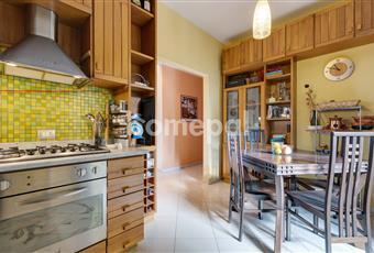 Cucina abitabile con accesso al terrazzo Campania NA Piano di Sorrento