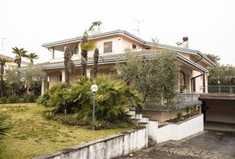 Villa in Vendita in Via Garcia Lorca 43 a Castiglione delle Stiviere