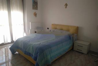 Il pavimento è piastrellato, la camera è luminosa Puglia BA Turi