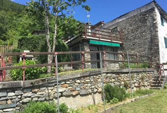 Il giardino è con erba Lombardia SO Montagna in Valtellina
