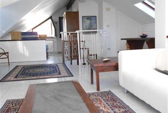 Appartamento attico arredato su due piani