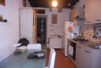 La cucina è con travi a vista Toscana PO Carmignano
