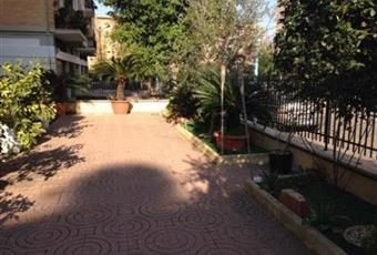 Fittasi luminosissimo appartamento arredato con giardino
