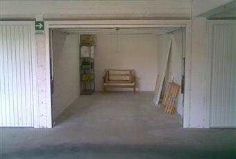 Al piano interrato c'è il garage Campania CE San Nicola la strada