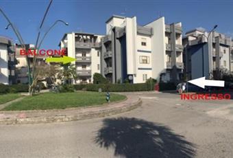 APPARTAMENTO LUMINOSO con 3 balconi + garage