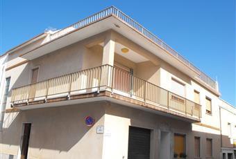 Appartamento su due piani in vendita in via Savoia 39, 279.000