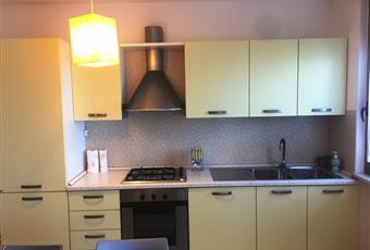Il pavimento è piastrellato, la cucina è luminosa Marche MC Macerata