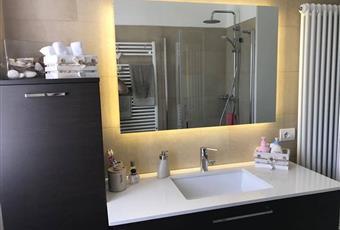Il bagno è luminoso Toscana SI Colle di Val D'Elsa