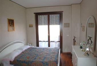 Il pavimento è di parquet, la camera è luminosa Lazio RI Rieti