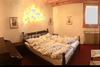 La camera è luminosa, il pavimento è di parquet Friuli-Venezia Giulia PN Aviano