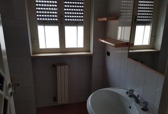 Bagno con vasca, e secondo bagno con doccia Puglia BA Turi