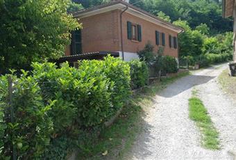Casa con bosco e piscina colline piacenza