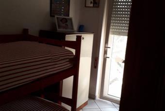 La camera è luminosa, il pavimento è piastrellato Lazio LT Latina