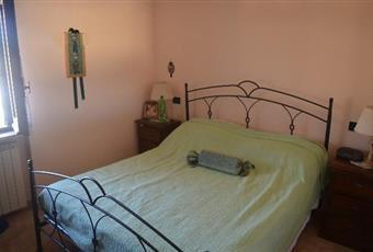 Il pavimento è di parquet, la camera è luminosa Abruzzo AQ Rocca di botte