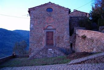 Casa di paese in vendita in via Lunga Est, 4
