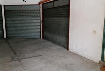 l'appartamento è dotato di garage e cantinola ad uso esclusivo Campania AV Quadrelle