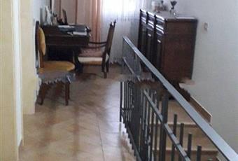 Il pavimento è piastrellato, il salone è luminoso Emilia-Romagna RA Bagnacavallo